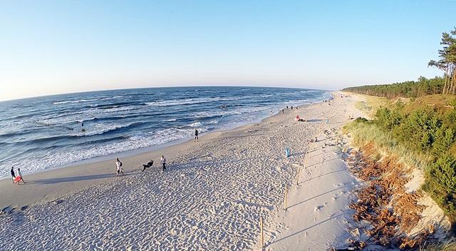 Przetarg na dzierżawe terenu na plaży wMrzeżynie